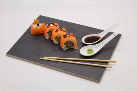 Foto Dragon Roll Paling of Zalm